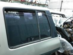 Форточка двери. Nissan Terrano, WBYD21, WHYD21 Двигатели: TD27, TD27T, VG30E, VG30I