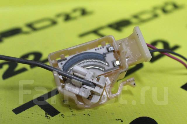 Датчик уровня топлива. Toyota: Ractis, Porte, Corolla Fielder, Spade, Vitz, Corolla Axio Двигатели: 1NZFE, 1NRFE, 2ZRFAE, 1KRFE