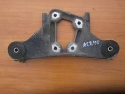 Подушка моста. Toyota Estima, ACR40 Двигатель 2AZFE