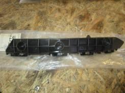 Крепление бампера. Lexus LX570
