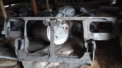 Рамка радиатора. Nissan Gloria