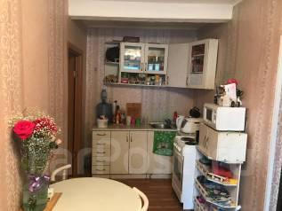 Продам дом на земле из двух комнат, в центре Уссурийска. Улица Дзержинского 7, р-н парка ДОРА, площадь дома 40 кв.м., централизованный водопровод, эл...