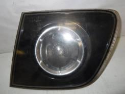 Фонарь задний внутренний правый Mazda 3 (BK) 1