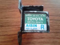 Датчик airbag. Toyota Vista Ardeo, SV50