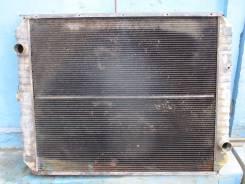Радиатор охлаждения двигателя. JCB JS