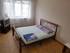 Гостинка, улица Надибаидзе 34. Чуркин, 24 кв.м. Вторая фотография комнаты
