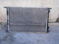 Радиатор охлаждения двигателя. Audi Q3