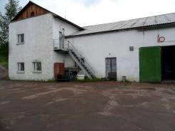 Продается здание с гаражными боксами в г. Нерюнгри. Комсомольская 34а, р-н Нерюнгринский, 557 кв.м.