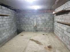 Гаражи капитальные. улица Героев Варяга 10, р-н БАМ, 33 кв.м., электричество, подвал. Вид изнутри