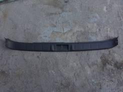Накладка на дверь багажника. Subaru Forester, SF5, SF9