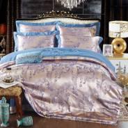 Комплекты постельного белья.