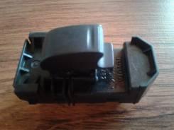 Кнопка стеклоподъемника. Toyota Vista Ardeo, SV50, SV50G