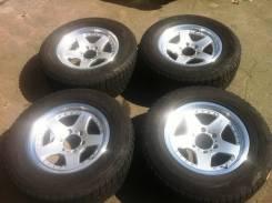 Bridgestone. 8.0x17, 6x139.70, ET22, ЦО 108,0мм.