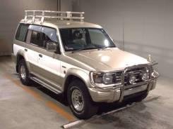 Фара противотуманная. Mitsubishi Pajero