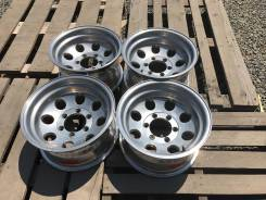 Mickey Thompson. 8.0x15, 6x139.70, ET-30, ЦО 108,2 мм.