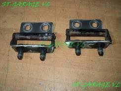 Крепление двери багажника. Nissan Terrano, WD21 Двигатели: TD27T, VG30E, Z24I