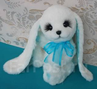 Сувенирная игрушка Зайка ручной работы (зайчик, заяц)