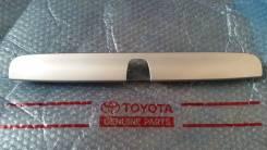 Накладка на ручки дверей. Toyota Caldina, AT211, CT216, ST210, ST215 Двигатели: 3CTE, 3SFE, 3SGE, 3SGTE, 7AFE