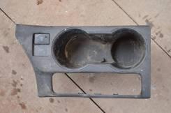 Подстаканник. Toyota Corolla, 18, 10, ZRE181