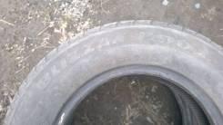 Bridgestone Blizzak Revo2. Всесезонные, износ: 90%, 2 шт