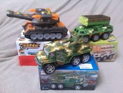 Игрушки военные.