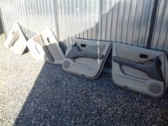 Обшивка крышки багажника. Toyota Harrier