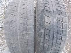 Bridgestone Blizzak Revo2. Всесезонные, 2011 год, износ: 50%, 2 шт