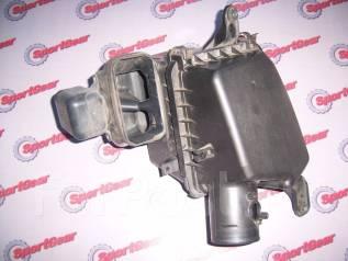 Корпус воздушного фильтра. Toyota Crown, GRS184 Toyota Crown Majesta, GRS184 Двигатели: 2GRFXE, 2GRFSE