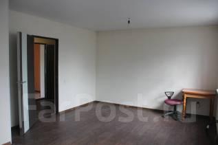 1-комнатная, п.НовыйМира. агентство, 40 кв.м. Комната