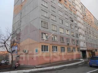 Гостинка, улица Надибаидзе 28. Чуркин, проверенное агентство, 24 кв.м. Дом снаружи