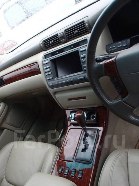 Кнопка управления дверями. Toyota Crown Majesta, UZS171 Двигатель 1UZFE