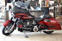 Harley-Davidson CVO Street Glide. 1 868 куб. см., исправен, птс, без пробега