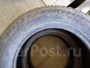 Bridgestone Blizzak Revo1. Зимние, износ: 30%, 2 шт