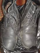 Отдам ботинки 36 размер