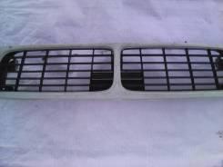 Решетка радиатора. Nissan Bluebird, EU14, HU14, HNU14, ENU14, SU14, QU14