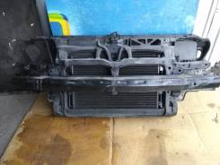 Рамка радиатора. Volkswagen Golf