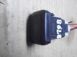 Кнопка аварийной сигнализации NISSAN