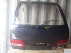 Дверь багажника. Toyota Estima Lucida