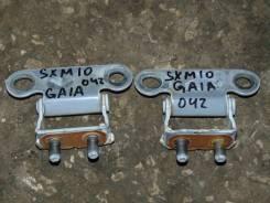 Крепление двери багажника. Toyota Gaia, SXM10, CXM10, SXM10G, SXM15G, SXM15, CXM10G Двигатели: 3SFE, 3CTE