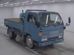 Mazda Titan. Бортовой грузовик 1994 г. в. с манипулятором Tadano Z200, 4 000 куб. см., 2 000 кг.