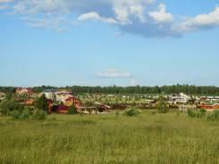 Продам земельный участок в с. Краснореченское. 4 000 кв.м., собственность, электричество, вода, от агентства недвижимости (посредник)