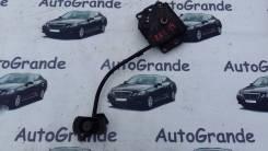 Крепление запасного колеса. Toyota Wish, ANE11, ANE10, ZNE10, ZNE14, ZNE14G, ZNE10G, ANE10G, ANE11W
