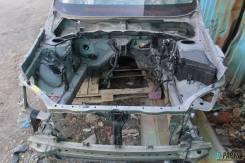 Передняя часть автомобиля. Subaru Forester, SH5