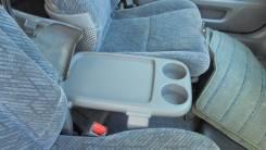 Бардачок между сидений Honda CR-V