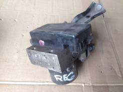 Блок abs. Toyota Hiace Regius, KCH40G, KCH40W Двигатель 1KZTE