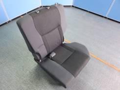 Сиденье. Toyota RAV4, ZCA26