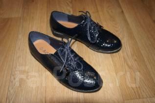 Обувь женская , маленький размер 35-36. 35, 36