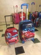Пластиковые детские чемоданы и рюкзаки