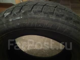 Bridgestone. Всесезонные, износ: 40%, 2 шт