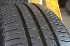 Goodyear EfficientGrip. Летние, 2015 год, износ: 5%, 2 шт